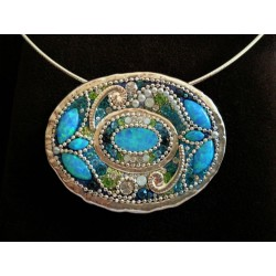 Beautiful handmade round- pendant Necklace (Blue)