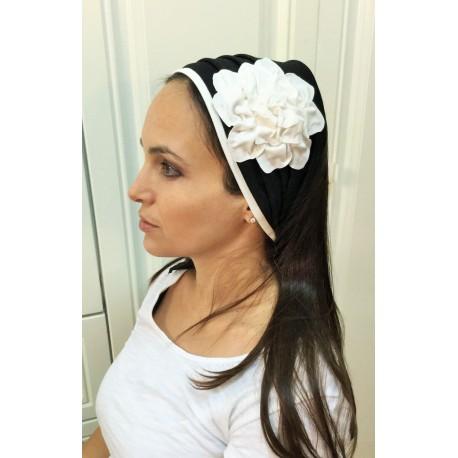 Hairband – Black / White Fancy Flower design