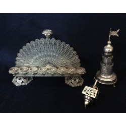 A beautiful Filigree Design Hanukka gift set